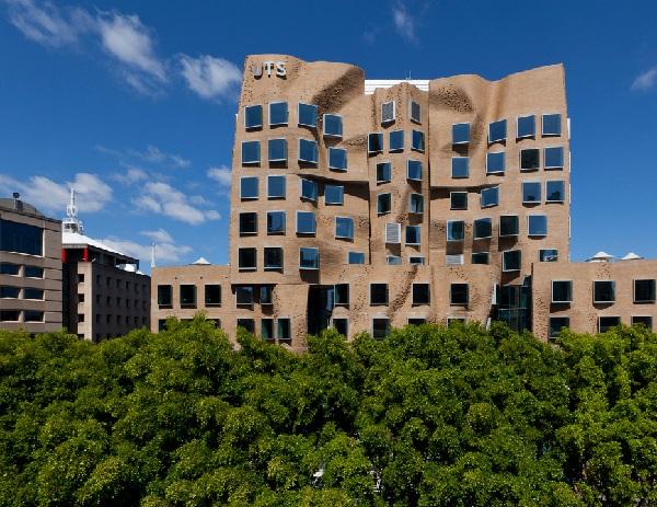 university-of-technology-sydney-dr-chau-chak-wing-building