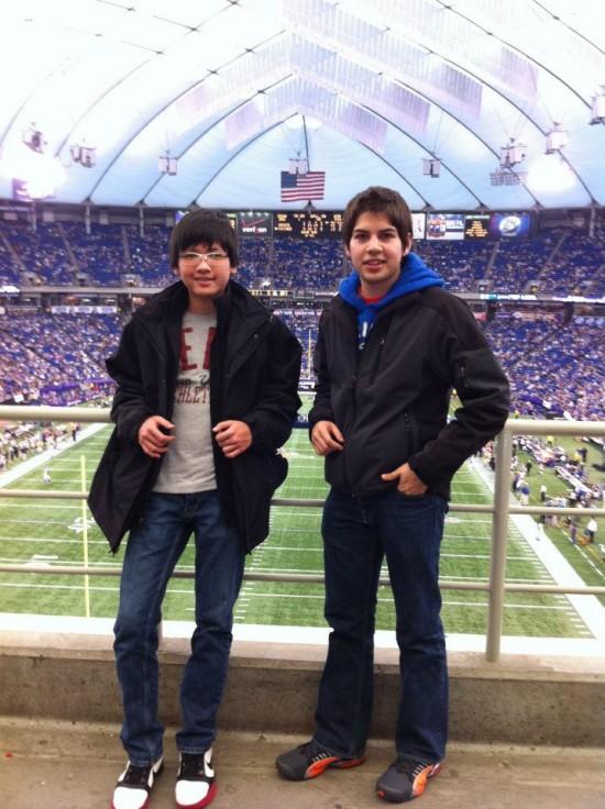 Đi xem đội Minnesota Vikings ở sân vận động mái vòm