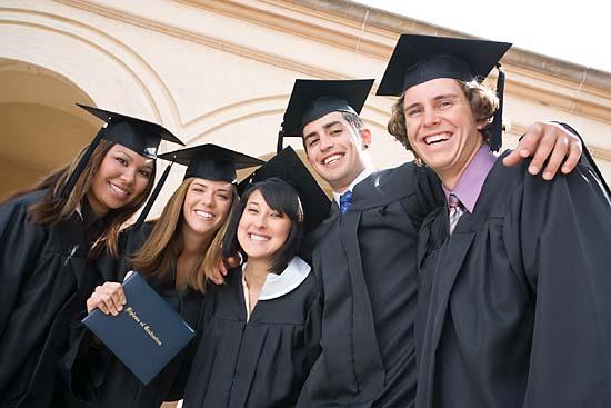 700-897779 © Tim Mantoani Model Release People Graduating
